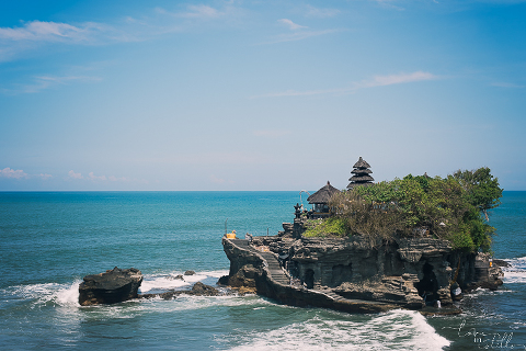 tanah lot, bali prewedding. singapore photographer