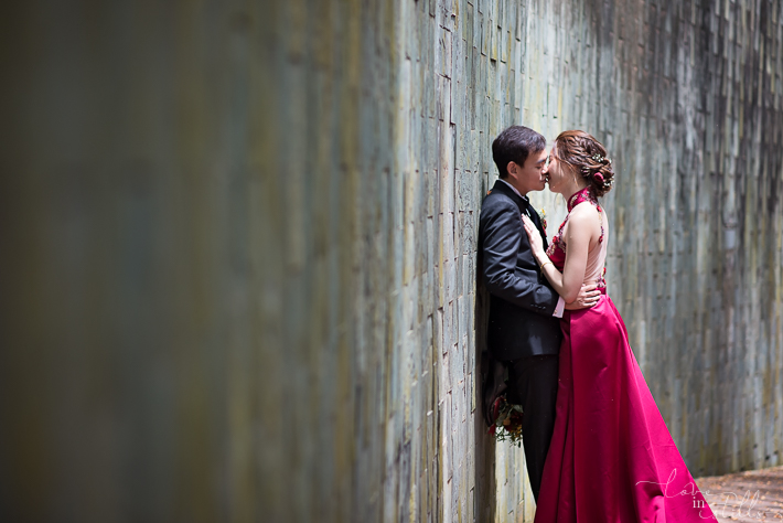Chong Jin & Hui Lin AD. Photography by Loveiinstills. Couple engagement shoot at Fort Canning Park Singapore