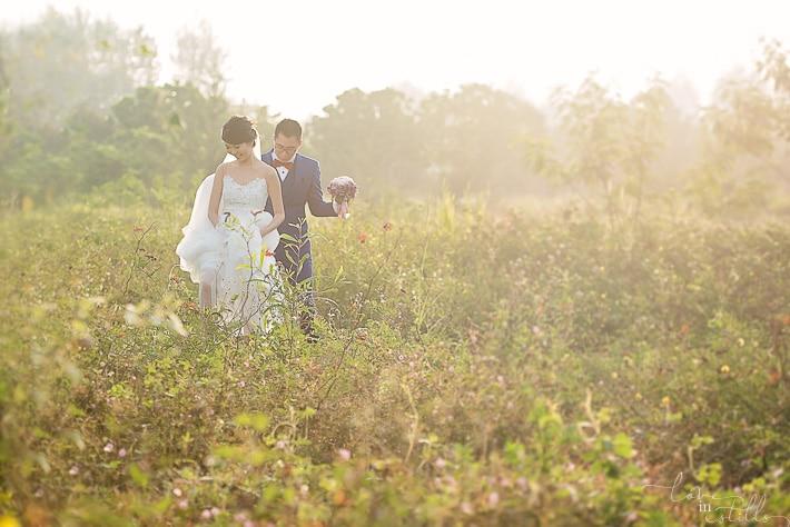 Yihao & April Prewedding by Loveinstills. Punggol Lalang Field