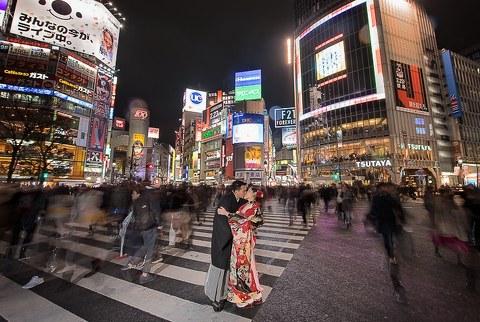 Surya and Sheena Tokyo Prewedding. Shibuya Crossing